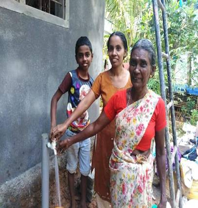GoI allocates Rs. 1,804 Crore grant to Kerala under #JalJeevanMission to make provision of tap water supply to every home  With four-fold increase in allocation, Central Government pushes for speedy provision of #HarGharJal in Kerala by 2023  https://t.co/2JMqZsAJg9 https://t.co/BGCDMhokdI
