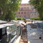 Image for the Tweet beginning: Palermo, gli scavi davanti a