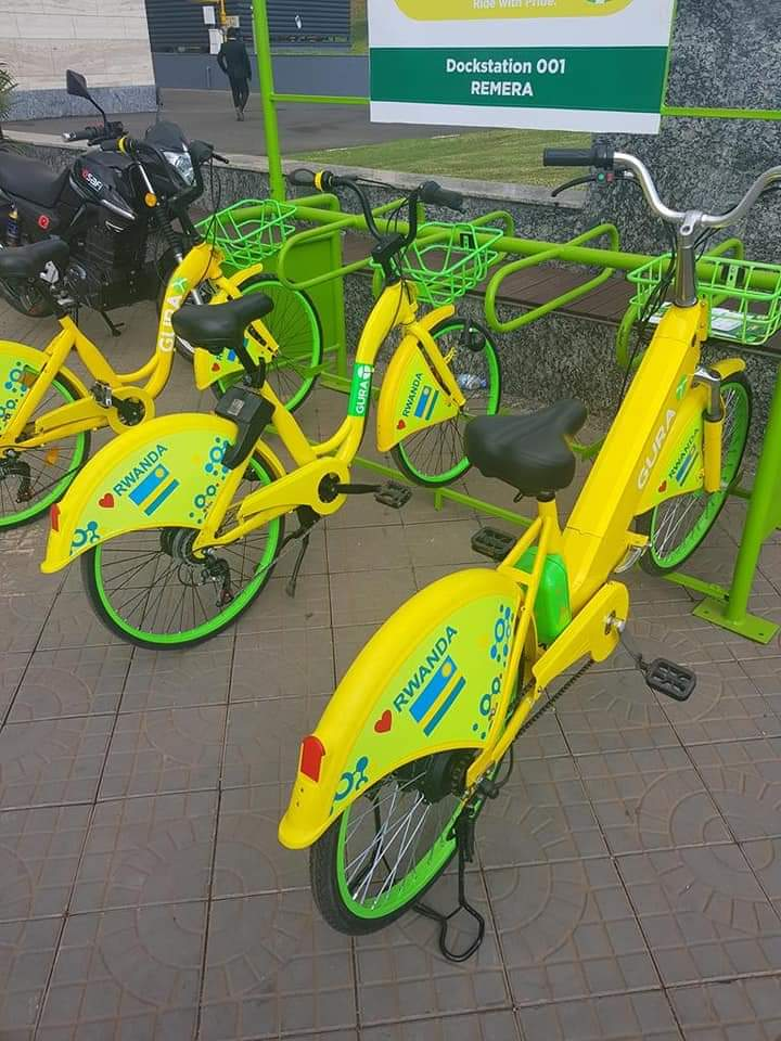 #Kigali, Rwanda is set to become Africa's first green capital.  In 2019, an electric bicycle ride-sharing platform & Rwandan assembled electric cars & e-taxis were launched. There are charging stations for them in the country.  #Rwanda is developing bike lanes around urban areas. https://t.co/mq5yij53Sq
