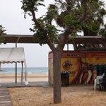 Image for the Tweet beginning: #Cubelles tancarà les platges per