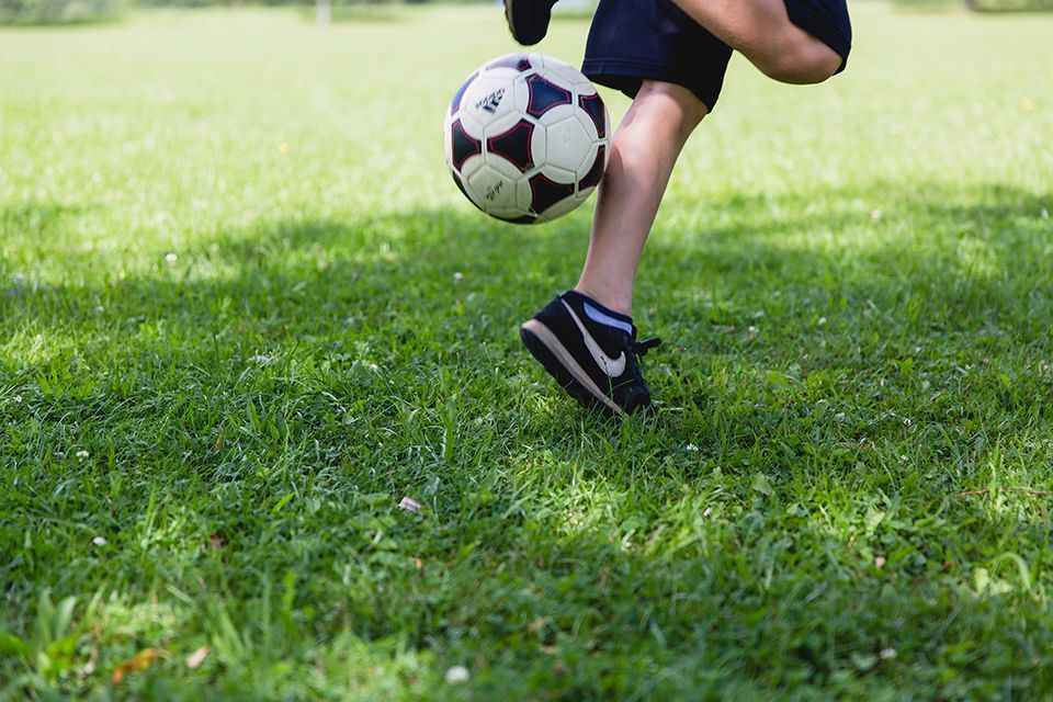 Pupils to benefit from better quality PE and sport next year.  Backed by a £320 million investment, the PE and Sport Premium will encourage children to play more sport, increase their social skills, and improve their physical activity after lockdown: https://t.co/caIL1kXbo1