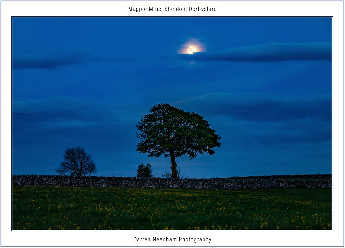 The #moon rising over fields at Magpie Mine, Sheldon, #Derbyshire   #Sky #Stormhour #ThePhotoHour #canonphotography  @VirtualAstro https://t.co/NRpRsoDGyt