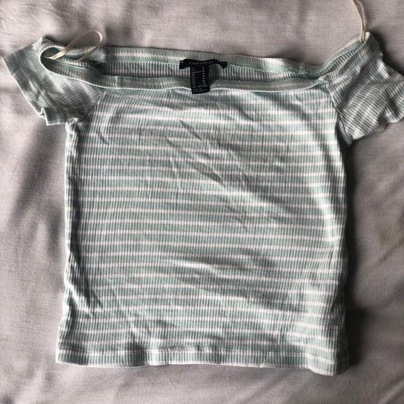So good I had to share! Check out all the items I'm loving on @Poshmarkapp #poshmark #fashion #style #shopmycloset #forever21 #coach #guess: https://t.co/Vzu5dhmVE8 https://t.co/eXpLiPS3MU