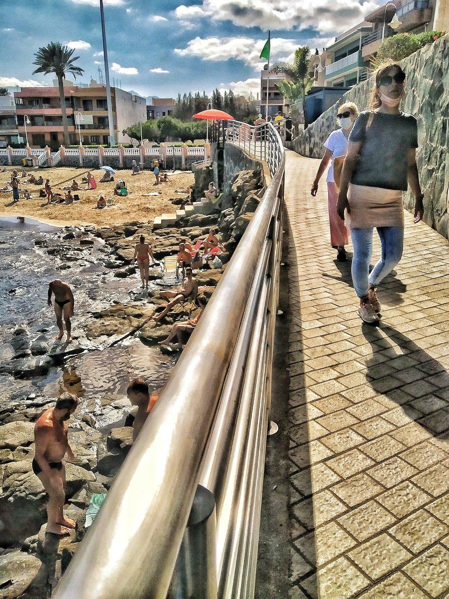 Gran Canaria ahora playa de Salinetas #canarias #sunny #grancanaria #telde #beach #ocean #nature #canaryislanders #canaryislands https://t.co/O8MeL4Gm0d