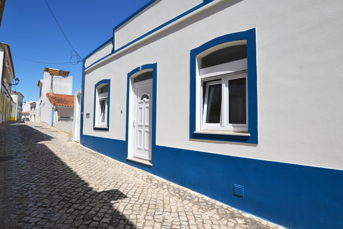 Looking for a place for your #holidays in #Algarve? Take a look at Casa Dom Carlos - https://t.co/2MjZGfOlDy #HolidaysPortugal #HolidayRental #Sea #Sun #Beach #Accommodation #ALgest #AlgarveLovers #Ferragudo #Portimao #VisitAlgarve #PrivateHouse #TheBestOfAlgarve https://t.co/eM0Bw2kExq
