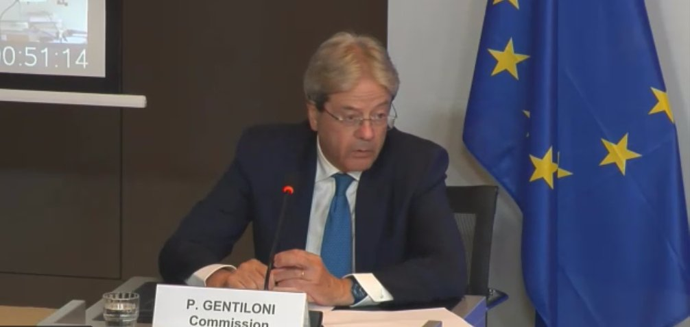 """. @PaoloGentiloni """"We have now adopted our proposals for Council implementing decisions for the #RecoveryPlan of 🇵🇹, 🇪🇸, 🇬🇷, 🇩🇰. Tomorrow will be the turn of 🇱🇺; several more will follow next week"""", including #Italy. #Eurogroup @eunewsit https://t.co/i8zeNpYCn6"""