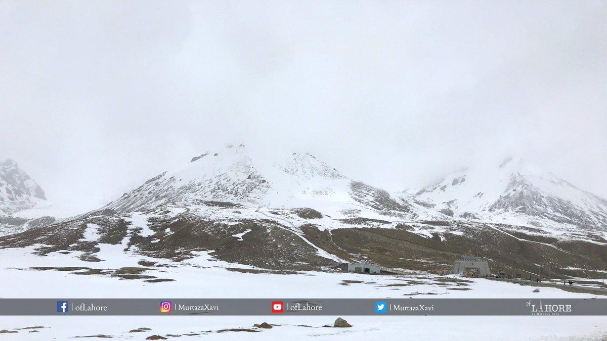 Khunjerab Pass on June 1, 2021 . . . . . #travel #nature #photography #travelphotography #love #photooftheday #photo #beautiful #explore #travelblogger #landscape #trip #gilgitbaltistan #pakchinaborder #PakChina #cpec #KhunjerabPass #PakChinaFriendship #karakoram #Pakistan #fwo https://t.co/qUjpLsMcc5