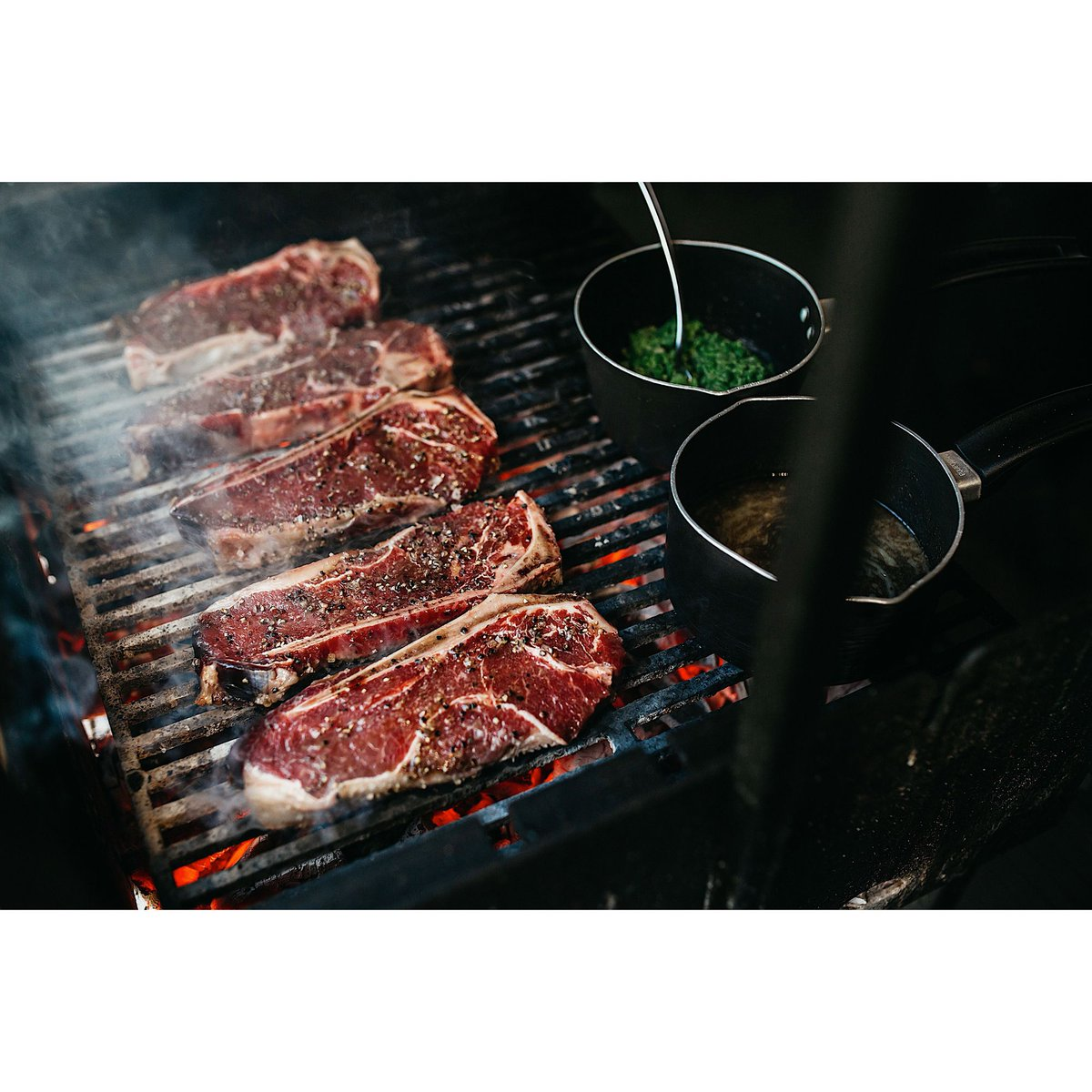 🥩 B B Q   Come try our 40 day dry aged Hereford sirloin steak straight from our bbq on our covered terrace.   #dinner #lunch #foodlover #local #fresh #seasonal #food #hungry #tasty #restaurant #terrace #bbq #pub #bestfood #bhfyp #barston #solihull #birmingham #bham #family #love https://t.co/xmAG9l6zjK
