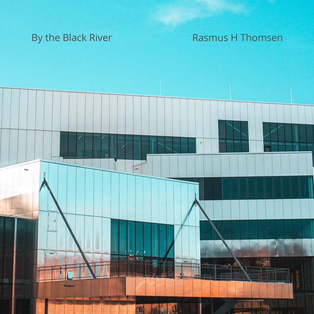 """🎧 Discover """"By the Black River"""" by Rasmus H Thomsen on Modern Piano Instrumentals 🎹🎧🎶   Relaxing Piano   Piano Relajante y Tranquilo   Peaceful Piano @spotify 🎶  ➢ https://t.co/hrsysp8txc  #piano #pianoInstrumental #ModernPiano #Pianist #RaighesFactory #SpotifyPlaylist #a https://t.co/Alwcf9NQRZ"""