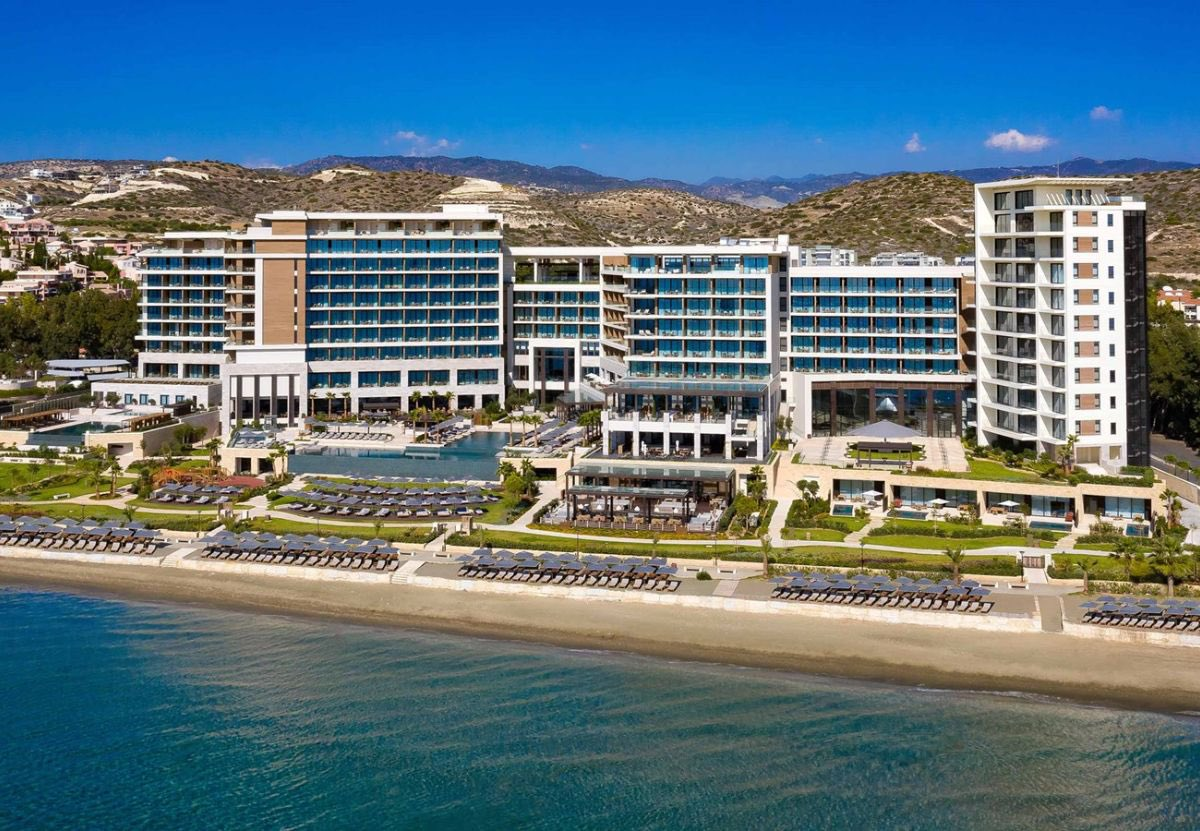Amara Limassol, Cyprus 🇨🇾☀️🥂🌊 From £1,650 per person for 7 nights (includes a breakfast, flights and transfers) AMARA guests enjoy stunning sea views from every single room. #privatetraveller #amara #cyprus #holiday #luxury #sun #sea #relax #beach #travelmore https://t.co/x6pad69y89