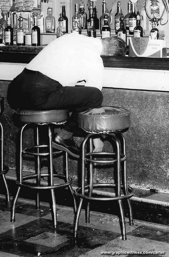 """#TodayInMystery 1966 Two men enter the Lafayette Bar in Paterson, #NewJersey and open fire, killing three. Though boxer Rubin """"Hurricane"""" Carter and John Artis are falsely convicted and later released, the crime remains unsolved.  #truecrime #mystery #history #onthisday #otd https://t.co/k1LdVKpYDu"""