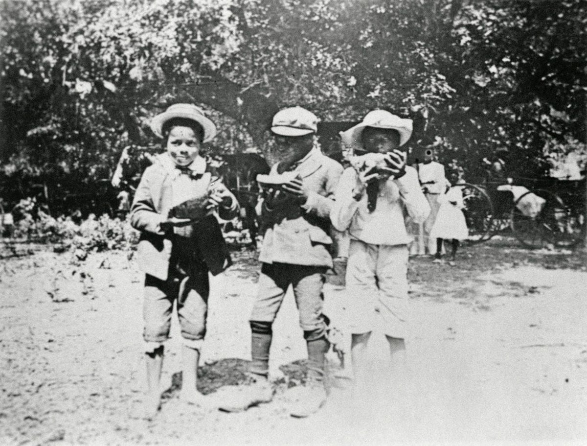 By 1900 #EmancipationDay celebrations migrated from #Galveston #Texas to #AustinTexas & #HoustonTX These photos appeared in the @sfchronicle  @AustinPublicLib Learn more about #Juneteenth2021 TONIGHT June 17 @7PMEST Free @Zoom Authors' Panel Tix are Free! https://t.co/wZkRBLrNcF https://t.co/ZS6eFc4mTm