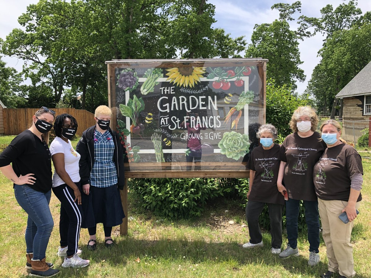 The Health & Wellness Hempstead and Islandia groups went on a field trip to The Garden at St. Francis to plant! Thank you, @cabrinihealthNY for your continued support of the program.  #HKSLiveThriveGrow #HKSGratitude #Wellness #Health #Gardening #Plants #MentalHealth #DeafBlind https://t.co/blweUzV0yP