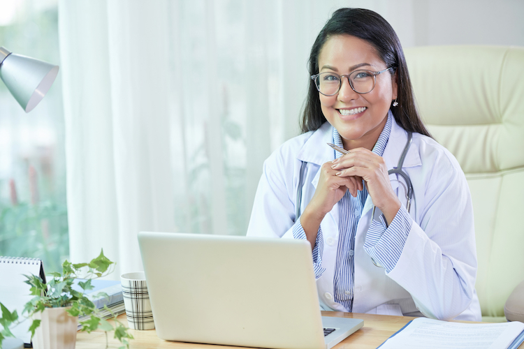 Even if the #COVID19 pandemic is keeping you and your #family at #home, you can still see your #doctor by meeting them on a #videocall: https://t.co/XTi5KreiAp  #TechNews #TechBlog #Health #Wellness #Doctors #Banty https://t.co/QvTRAABobB