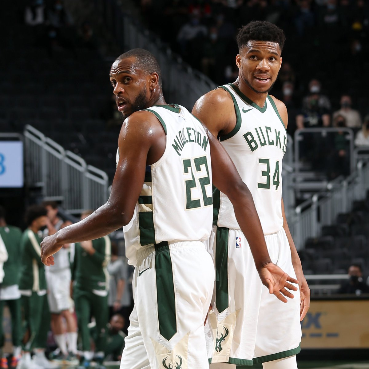 Khris Middleton and Giannis Antetokounmpo join Kobe Bryant and Shaquille O'Neal as the only teammates in NBA history to each record 30+ points and 10+ rebounds in the same game twice in a single #NBAPlayoffs. https://t.co/7CBgN9irOk