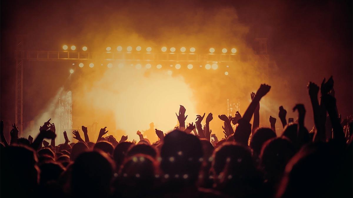 La música en directo, una oportunidad para las marcas de conectar con la audiencia https://t.co/SripTheMSa 👈 https://t.co/qOeUz00e9f