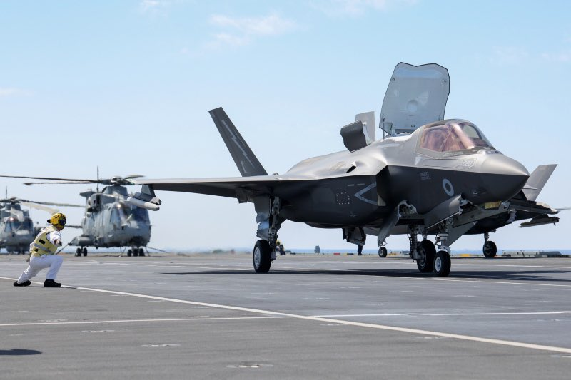 A British F-35B launches from HMS Queen Elizabeth.