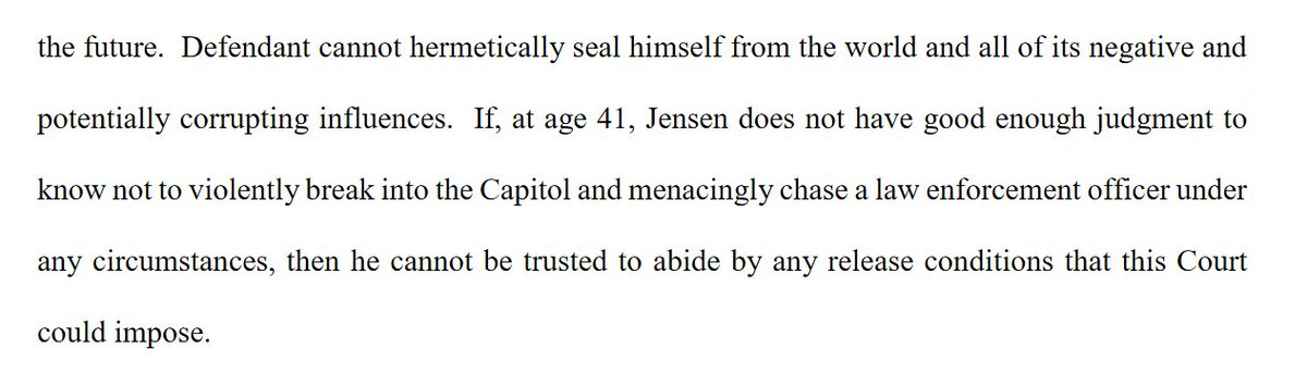 """In a detention memo filed overnight, prosecutors scold Q-Anoner Doug Jensen for claiming he'd been victimized by the conspiracy theory.  At 41, they wrote, Jensen should have """"enough judgment"""" not to fall prey to conspiracies & violently break into the Capitol. https://t.co/dzpI95vmh7"""
