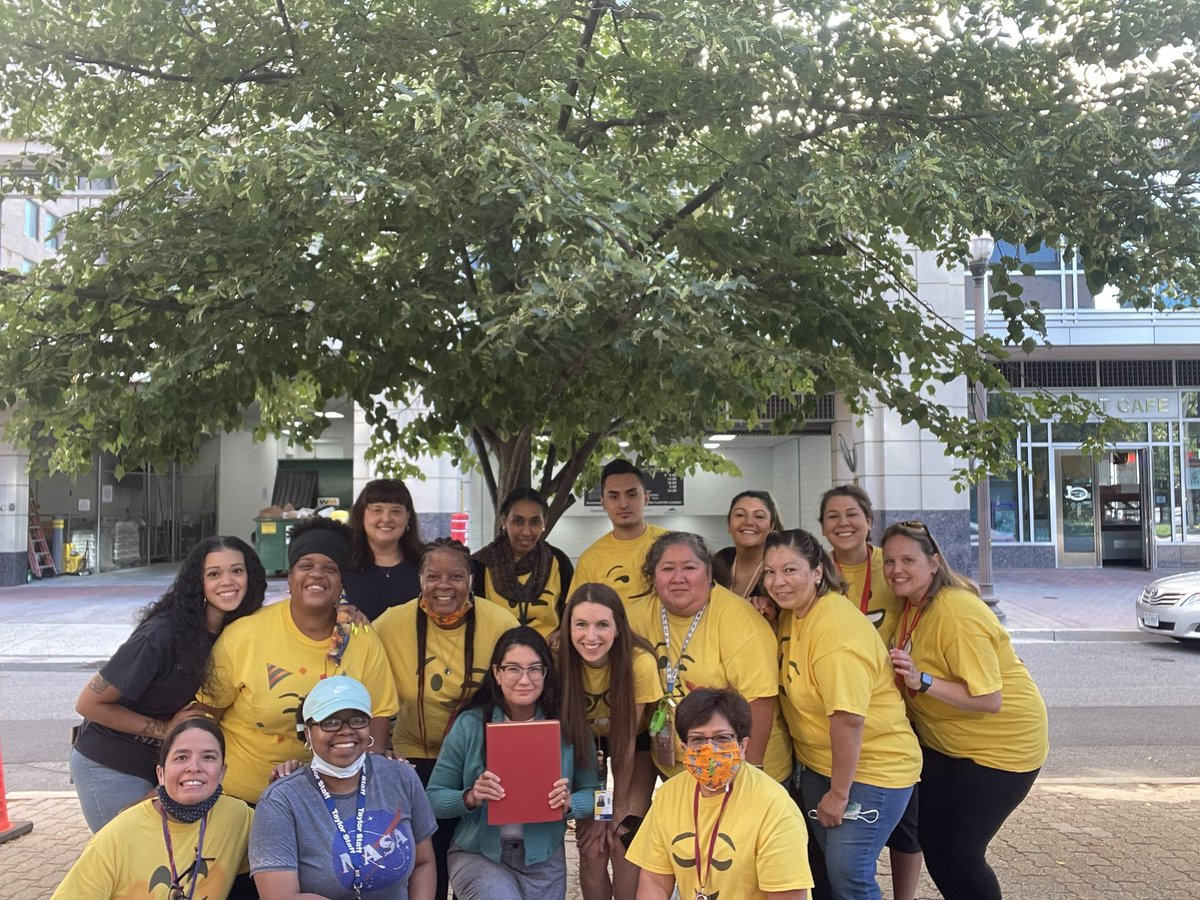 Thankful for this amazing staff and all of their hard work this year! <a target='_blank' href='http://twitter.com/ECSE_IS'>@ECSE_IS</a> <a target='_blank' href='http://twitter.com/APS_EarlyChild'>@APS_EarlyChild</a> <a target='_blank' href='https://t.co/Orvf2Oxz3I'>https://t.co/Orvf2Oxz3I</a>