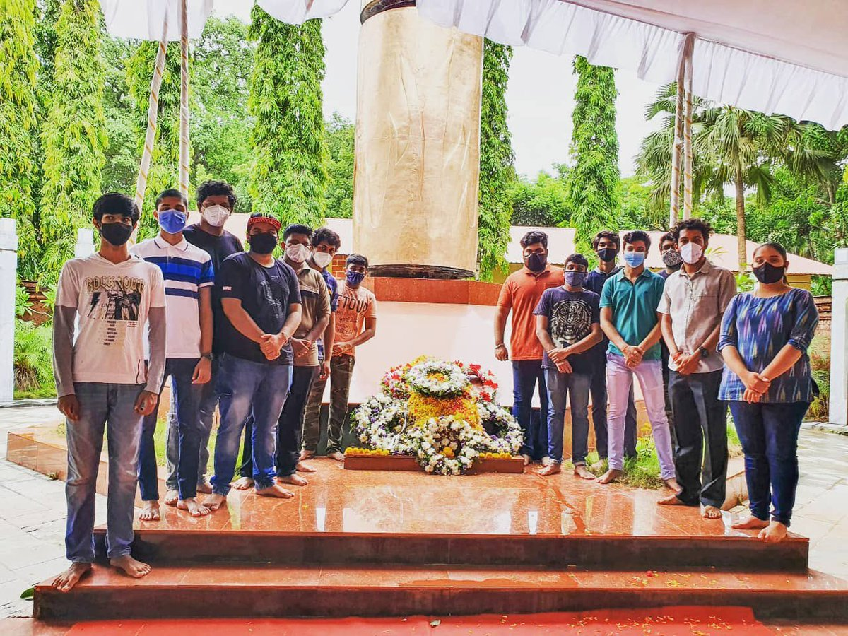 To commemorate Goa Kranti Diwas, karyakartas ABVP Ponda unit in Goa paid tributes to freedom fighters and martyrs who laid down their lives for the liberation of Goa from the Portuguese colonial rule. https://t.co/4FOfByWvgs