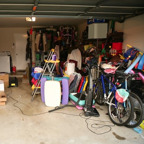 If we hauled that junk away you could use your garage for more important things...like a man cave. Call us-316-665-9800. #junk #junkremoval #shed #haul #hauling #moving #organize #trash #garage #basement #attic #closet #stormdebris #construction  #recycle #biohazard @DavidKirby https://t.co/p6OY2ayNPK