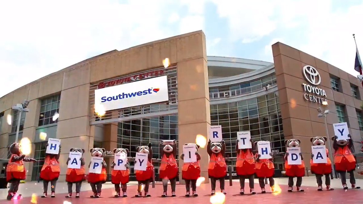 Happy 50th Birthday to our friends at Southwest Airlines! ❤️💙💛  #Southwest50 l @SouthwestAir https://t.co/Uw3kezTbGW