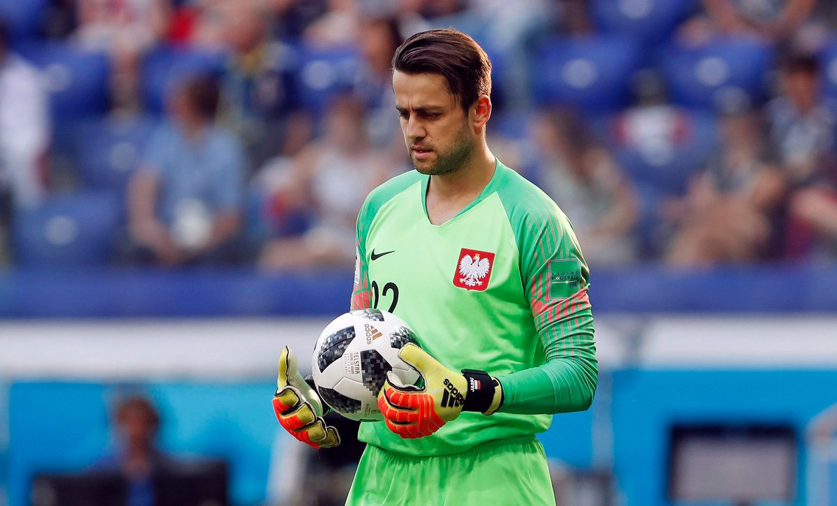 #ESP vs #POL tonight for @LukaszFabianski...  All the best, Lukasz! 💪  #EURO2020 https://t.co/7Udf4M5Btc
