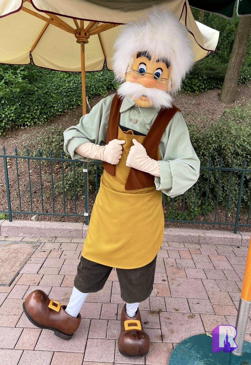 📍Welcome back Pinocchio and Geppetto, in Fantasyland: https://t.co/LWEvm6bYe2