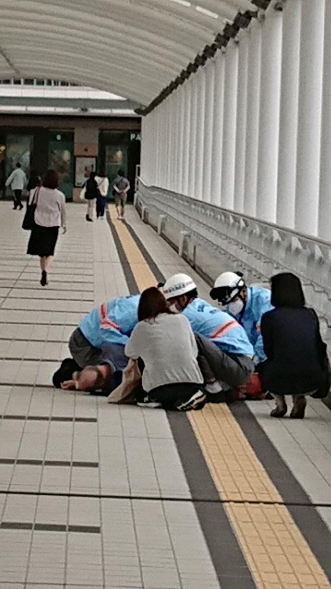 ワクチン接種後、意識失い倒れる!人によっては安全ではない?