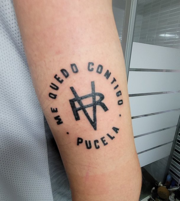 Tatuaje de nuestro amigo  … que os parece? A nosotros nos ha encantado. 💜