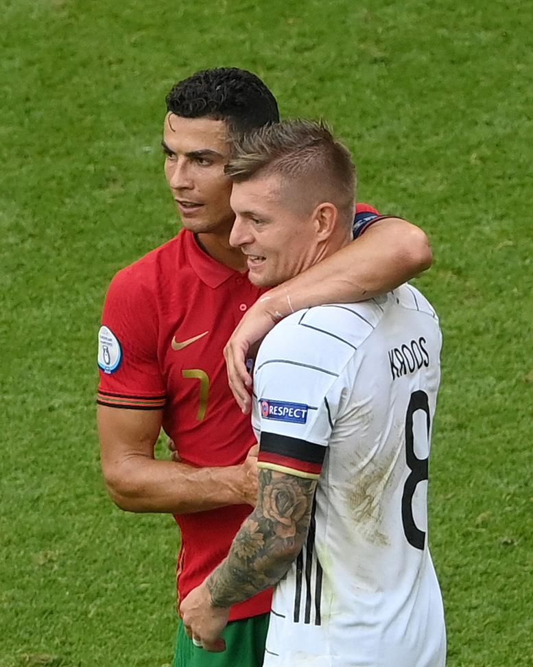 👊 Respect.Ronaldo  Kroos#EURO2020