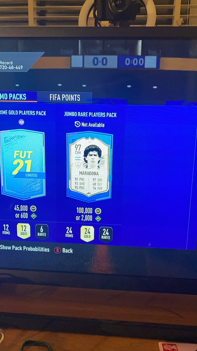 @MattHDGamer Safe to say mine was cracked 😅 my best pack of the year https://t.co/OZAwqlqCBD