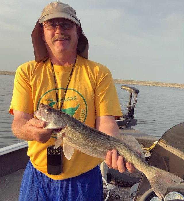 Hot temps didn't stop the Wilson's from hammering the walleye in NE Kansas this morning! #walleyefishing #walleye #walleyes #fishing #fishinglife #walleyenation https://t.co/Ag6MYAfBFk