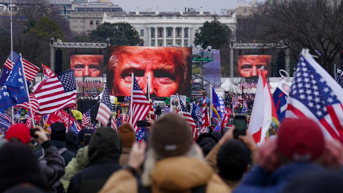 It's the #fbi  It's #antifa  It's #communists It's #BlackLivesMatter  It's a false flag op  no. no. no, #itsyou — own it and take your damn medicine, cowards.   #TFG #DonaldJTrump #BeavisAndButthead #grifter #coup https://t.co/OROCQAy56t