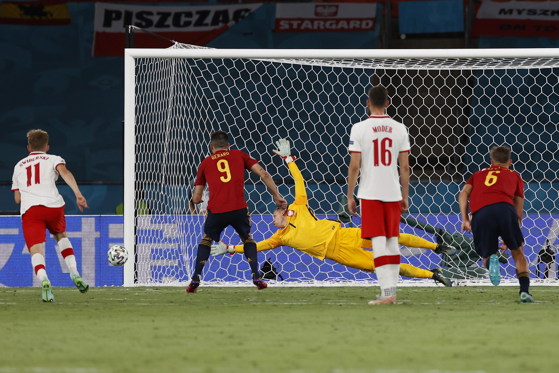 Gerrard Moreno batendo pênalti em Espanha 1x1 Polônia Euro 2020
