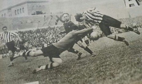 Gol de Bata al Barcelona que sirvió para ganar la Final de Copa 1932 jugada en Chamartin .