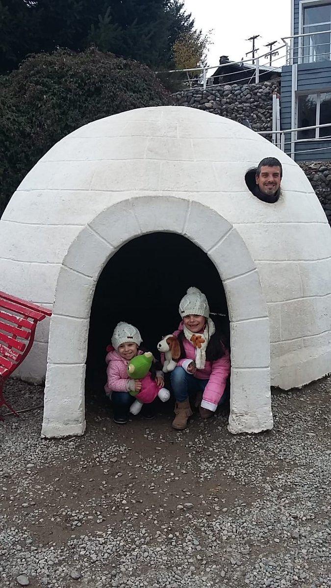 El Papá más felíz del mundo con sus princesas Valen y Sofi #diadelpadre #sabadoentn #TN https://t.co/gocbRzrXh5