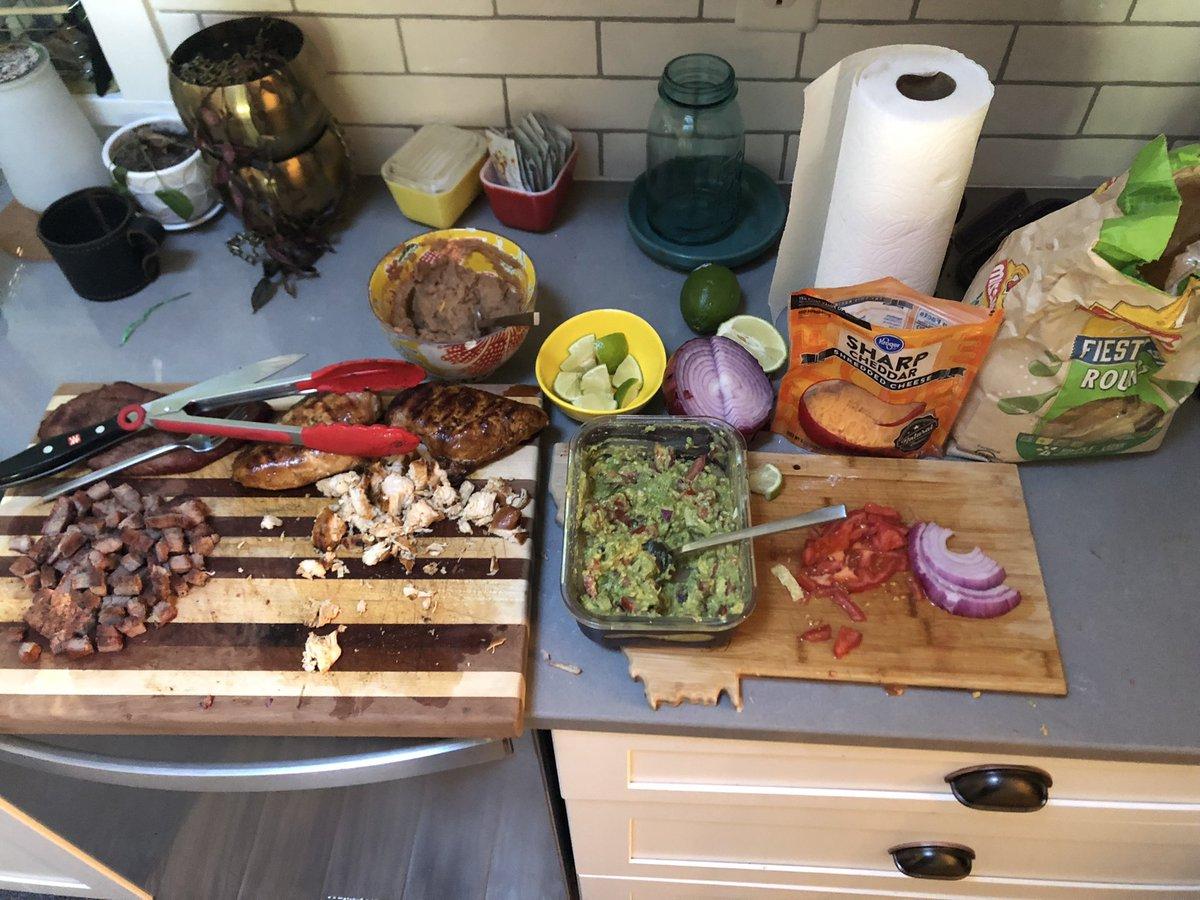 #BBQ street tacos https://t.co/CbZeR0iyJm