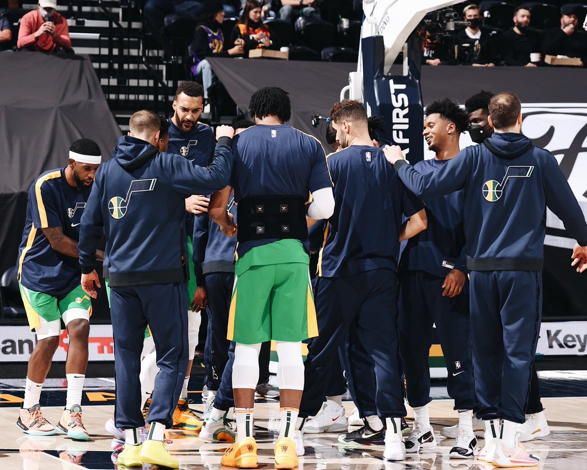 A tough end to an incredible season. Proud of this team for pushing through and giving everything they have to this game. Thank you to the fans for riding with us through the highs and lows, and for all of your support this year. #TakeNote #year14 #itsjustlife https://t.co/0gJkQqmdNH