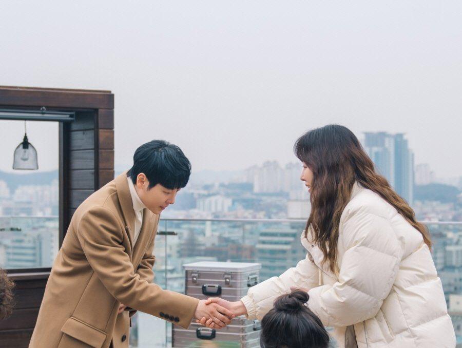 RT @infodrakor_id: Still cut drama tvN #YouAreMySpring: #KimDongWook #SeoHyunJin 😍  Tayang 5 Juli https://t.co/m9Z8crqEQH