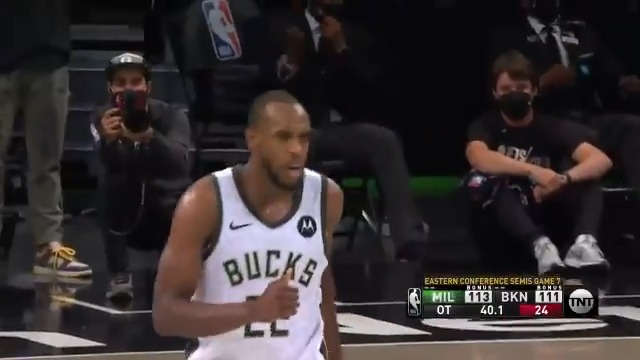 Khris Middleton came up HUGE in the @Bucks Game 7 win, knocking down the late go-ahead jumper in OT! #ThatsGame   🦌 23 PTS 🦌 10 REB 🦌 6 AST 🦌 5 STL  Milwaukee advances to the #NBAECF presented by AT&T... they will play the winner of ATL/PHI. #NBAPlayoffs https://t.co/jtxsFvPMUy