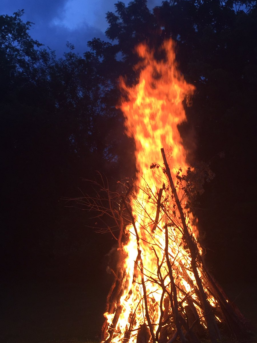 As school year 20/21 goes up in flames, we celebrate the celebrate the <a target='_blank' href='http://search.twitter.com/search?q=SummerSolstice'><a target='_blank' href='https://twitter.com/hashtag/SummerSolstice?src=hash'>#SummerSolstice</a></a> <a target='_blank' href='http://twitter.com/cigitalgem'>@cigitalgem</a> <a target='_blank' href='http://twitter.com/JeffersonIBMYP'>@JeffersonIBMYP</a> <a target='_blank' href='https://t.co/Qgdy3MG1ws'>https://t.co/Qgdy3MG1ws</a>