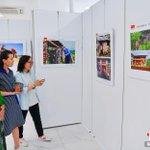 Image for the Tweet beginning: 20日,慶祝中國共產黨誕辰100周年攝影展在北京開幕。展覽精選出100餘幅作品參加展出。
