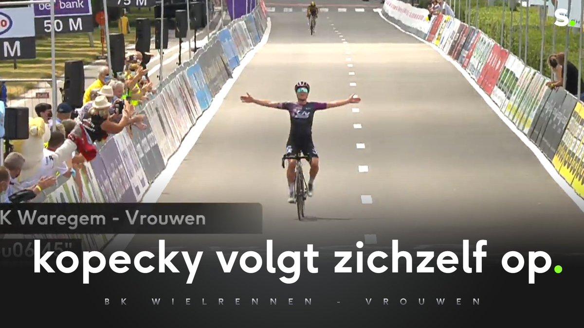 test Twitter Media - Lotte Kopecky demonstreert in Waregem en is voor het tweede jaar op een rij Belgisch kampioene! #bkwaregem  Verslag: https://t.co/vc4bDzwMVf https://t.co/HtBrjOfdYZ