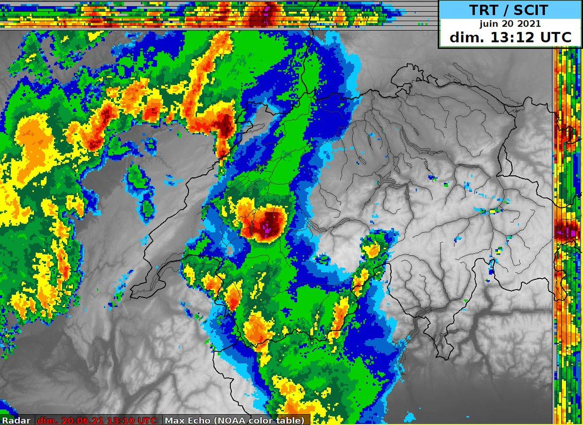 Cet #orages supercellulaire a pris naissance en Haute-Savoie, il a provoqué une rafale à près de 100 km/h sur l'aéroport d'#Annecy.