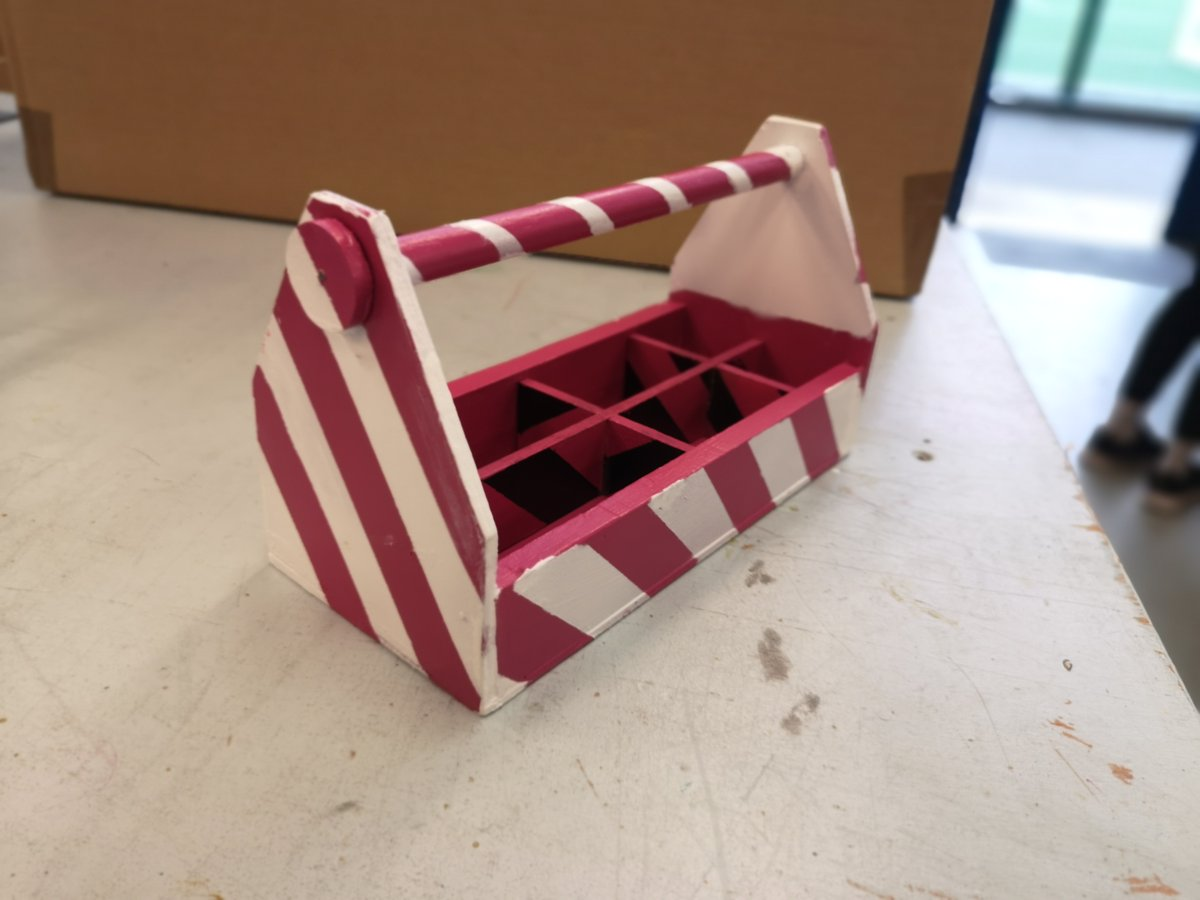 test Twitter Media - ....More fantastic tool caddies built by our year 10 Design Engineers! (2/2) https://t.co/wTAiOqVvYd