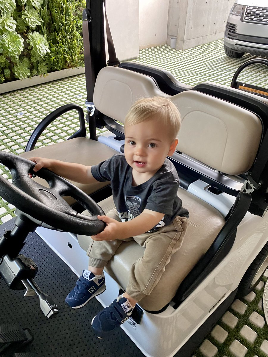 They grow up so fast. Already driving. Happy Father's Day! ❤️ https://t.co/FGd97DzUpi