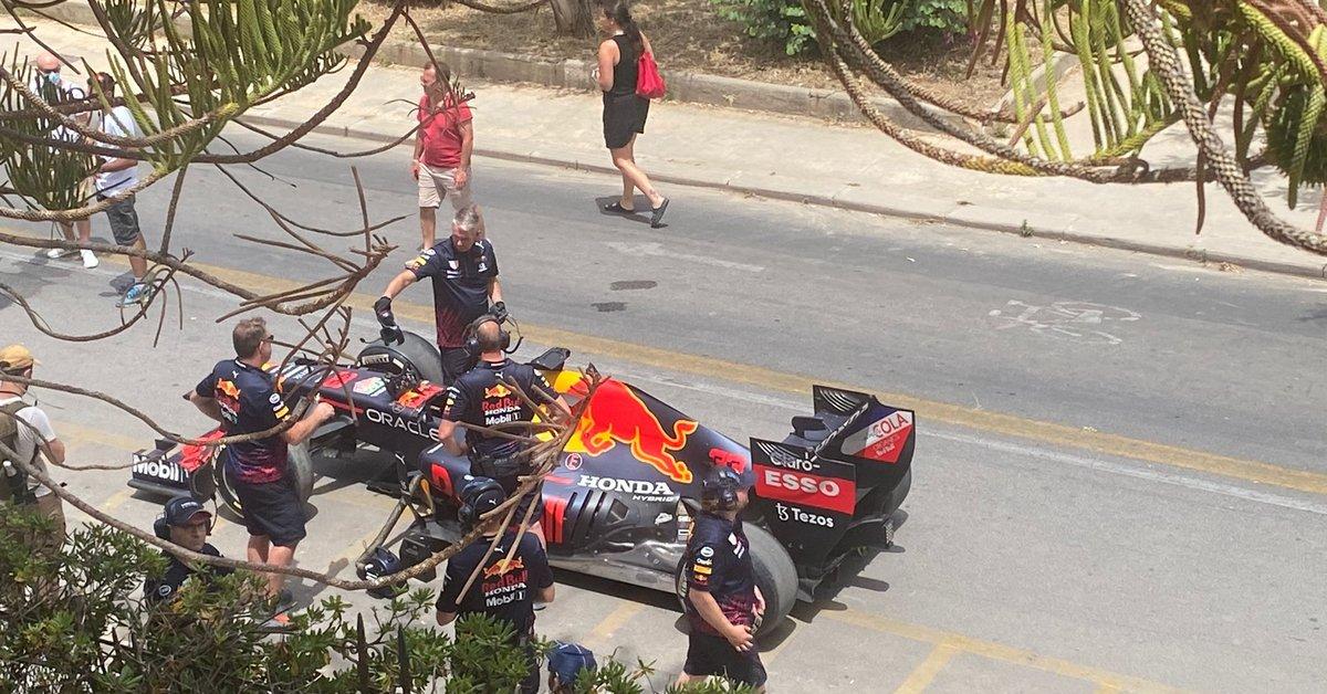 #redbull #redbullracing #f1#formula1 Formula 1, Red Bull Racing a Mondello (FOTO) (VIDEO) - https://t.co/KELFwxa87a