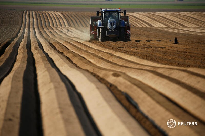 CNH pays hefty price for driverless tractor ride https://t.co/IJYERUPcA4 @LJucca https://t.co/s45M1tLy7W