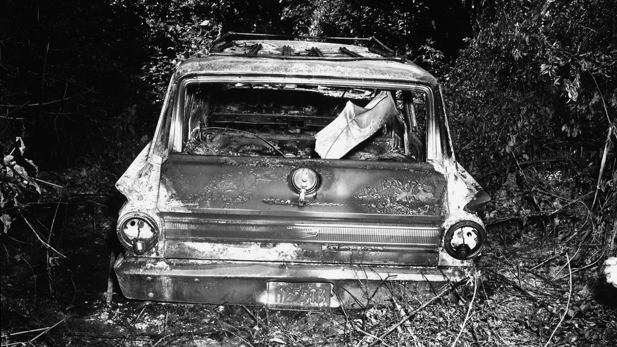 Burned-out Ford station wagon used by voting rights heroes Goodman, Chaney and Schwerner was discovered three days after their disappearance today 1964:                #Getty https://t.co/K5FCvzPZfW